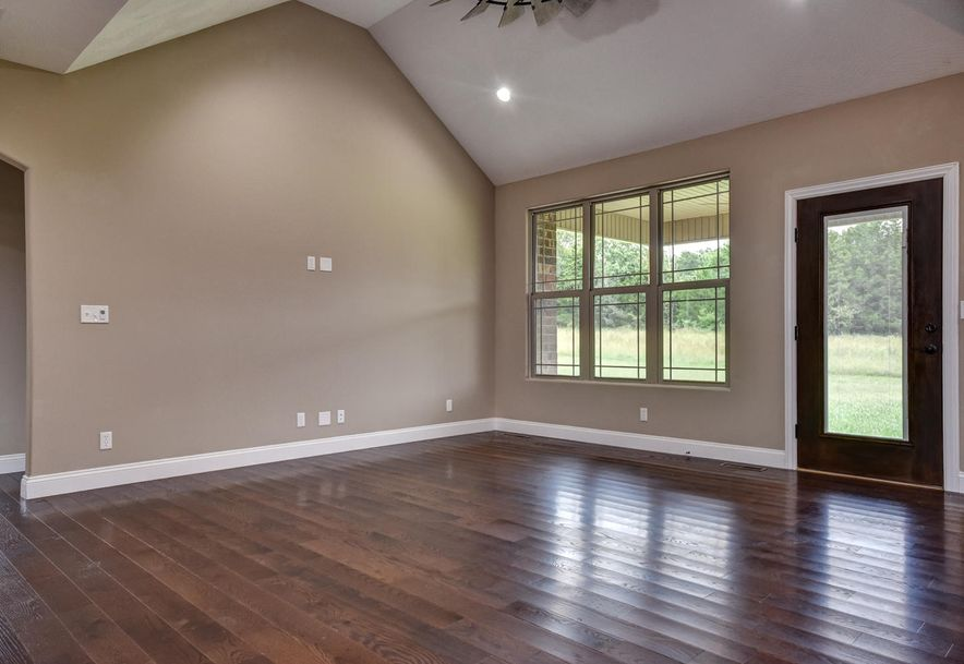 212 Sandy Forest Lane Clever, MO 65631 - Photo 9