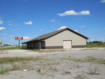 975 Daniel Drive Mt Vernon, MO 65712 - Image 1