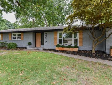 2712 East Southern Hills Boulevard Springfield, MO 65804 - Image 1