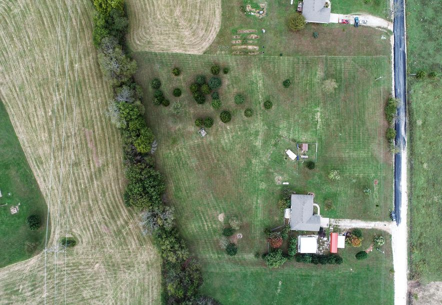 2477 Montague Road Highlandville, MO 65669 - Photo 2