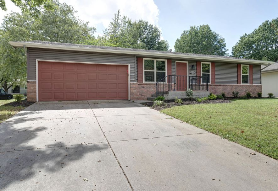 1020 East Guinevere Street Springfield, MO 65807 - Photo 1