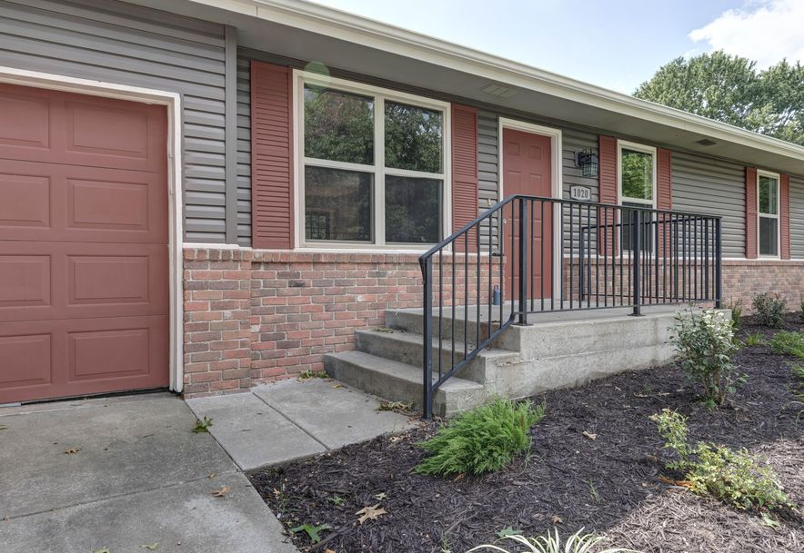 1020 East Guinevere Street Springfield, MO 65807 - Photo 2
