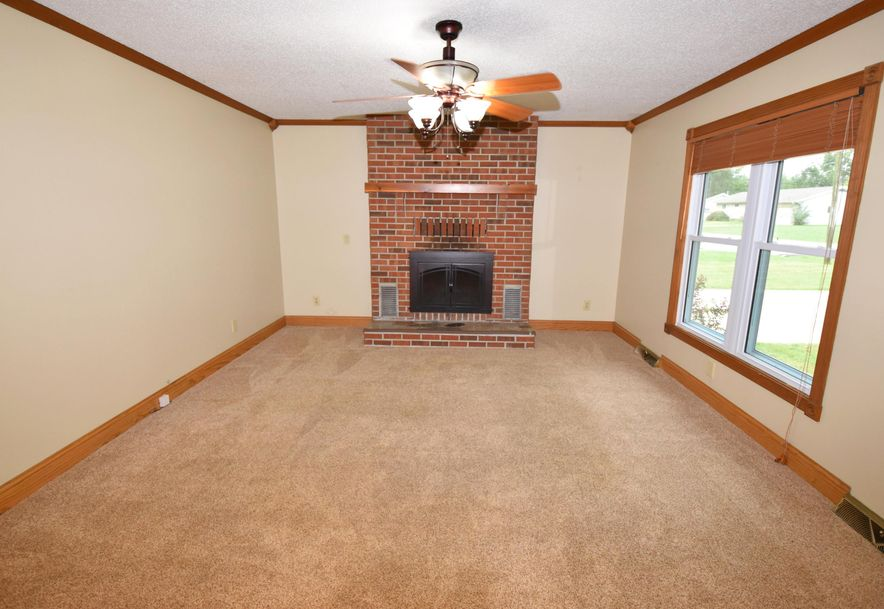 213 West Charles Street Republic, MO 65738 - Photo 2