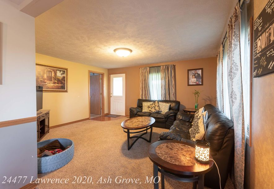 24477 Lawrence 2020 Ash Grove, MO 65604 - Photo 9