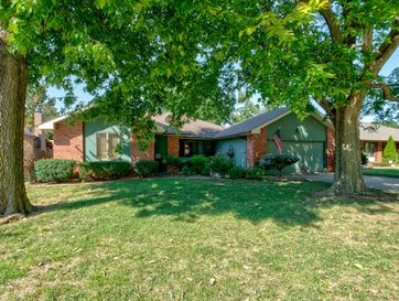 3535 South Weller Avenue Springfield, MO 65804 - Image 1