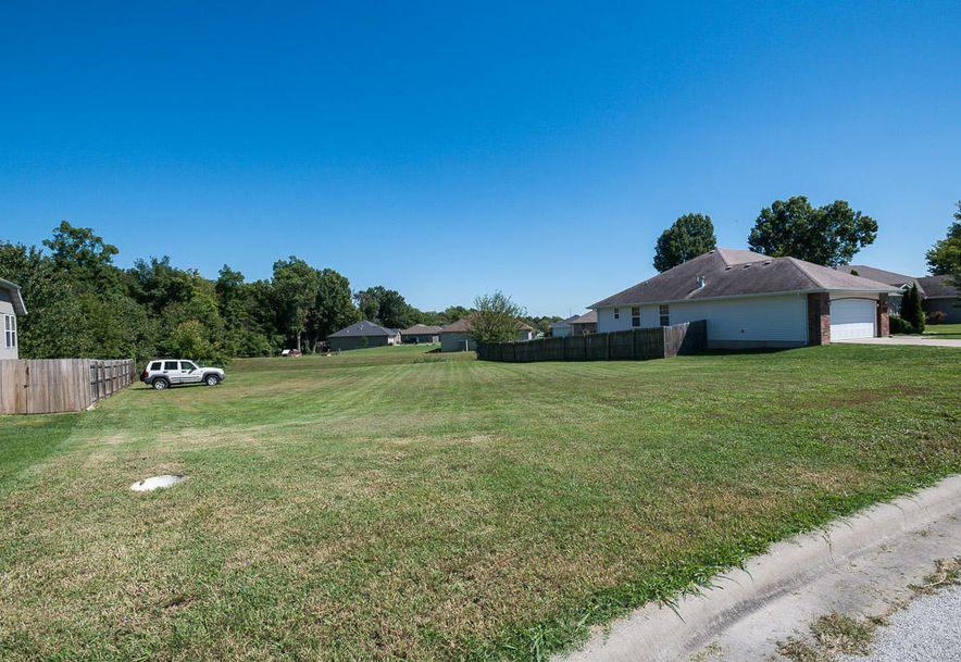 792 North Delaware Avenue Republic, MO 65738 - Photo 4