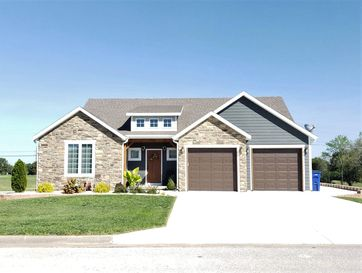 1443 Knightsbridge Marshfield, MO 65706 - Image 1