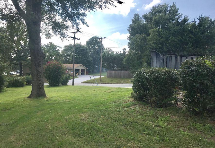 802 Plaza Drive Joplin, MO 64804 - Photo 2