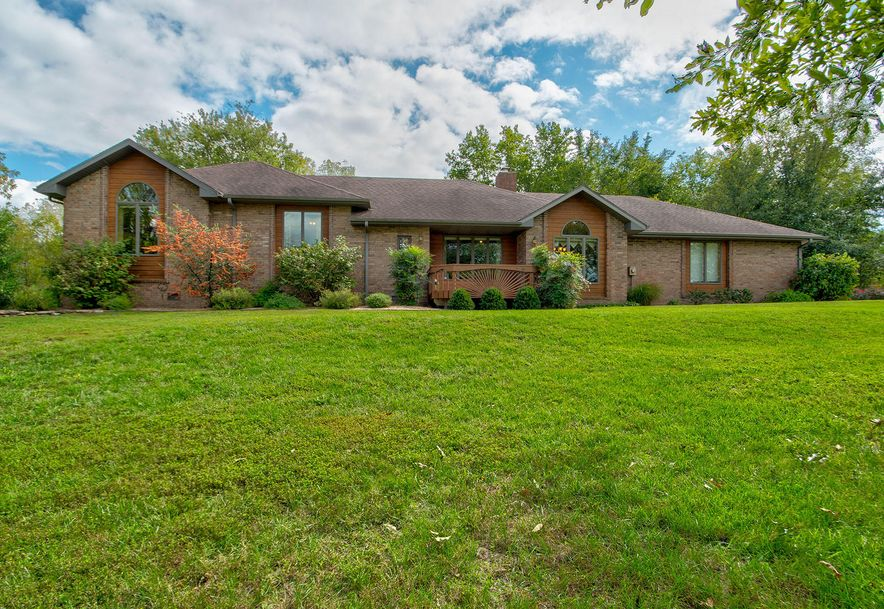 4162 State Hwy Zz Clever, MO 65610 - Photo 1