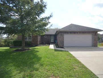 976 Glen Oaks Drive Nixa, MO 65714 - Image 1