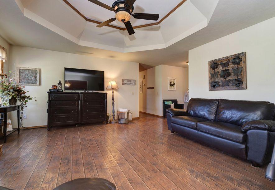 979 Glen Oaks Drive Nixa, MO 65714 - Photo 5
