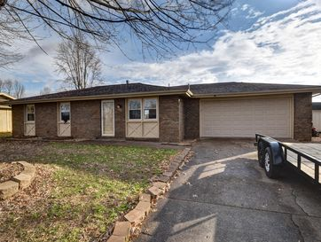 420 South Concordia Avenue Republic, MO 65738 - Image 1
