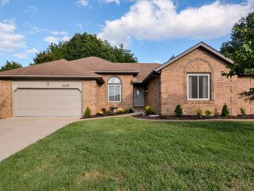 2484 South Overhill Avenue Springfield, MO 65807 - Image 1