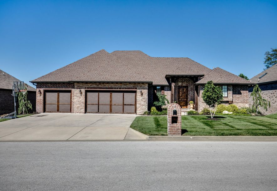 2901 East Chinkapin Lane Springfield, MO 65804 - Photo 1