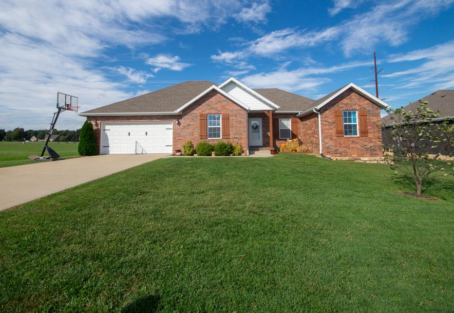 909 Riverview Road Marshfield, MO 65706 - Photo 2