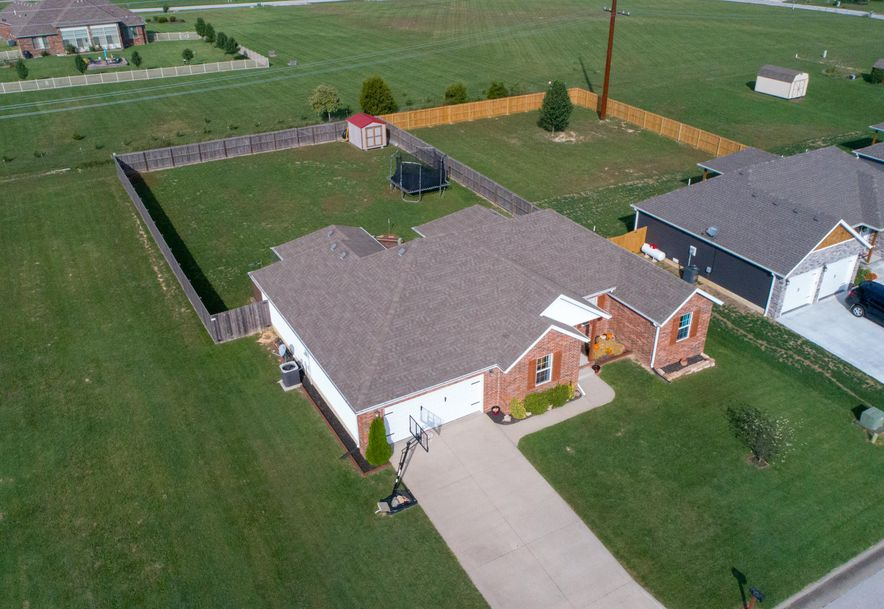 909 Riverview Road Marshfield, MO 65706 - Photo 27