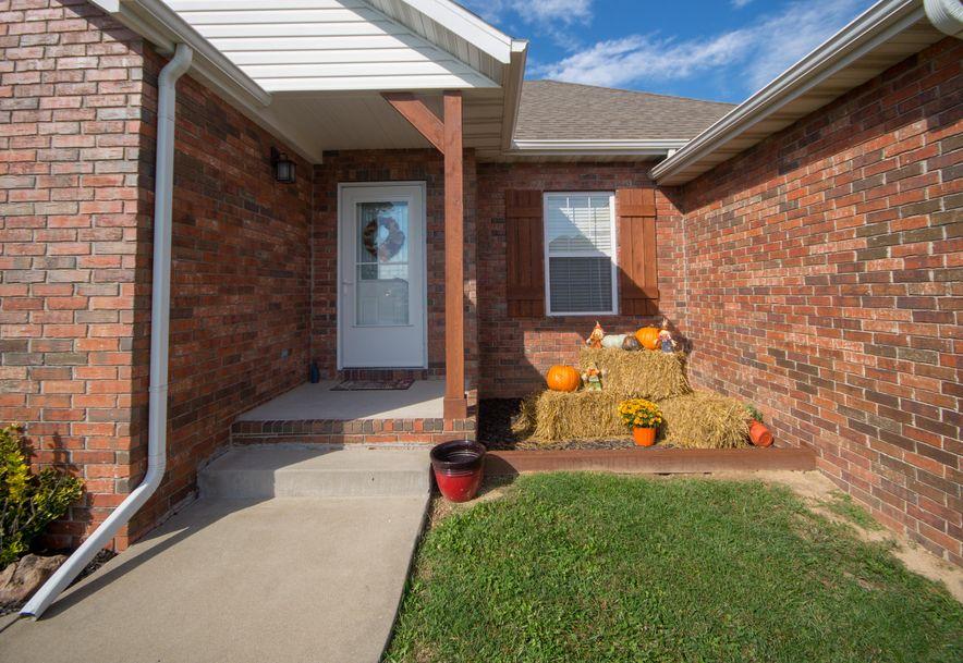 909 Riverview Road Marshfield, MO 65706 - Photo 4
