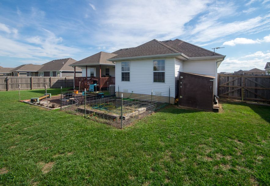 909 Riverview Road Marshfield, MO 65706 - Photo 31
