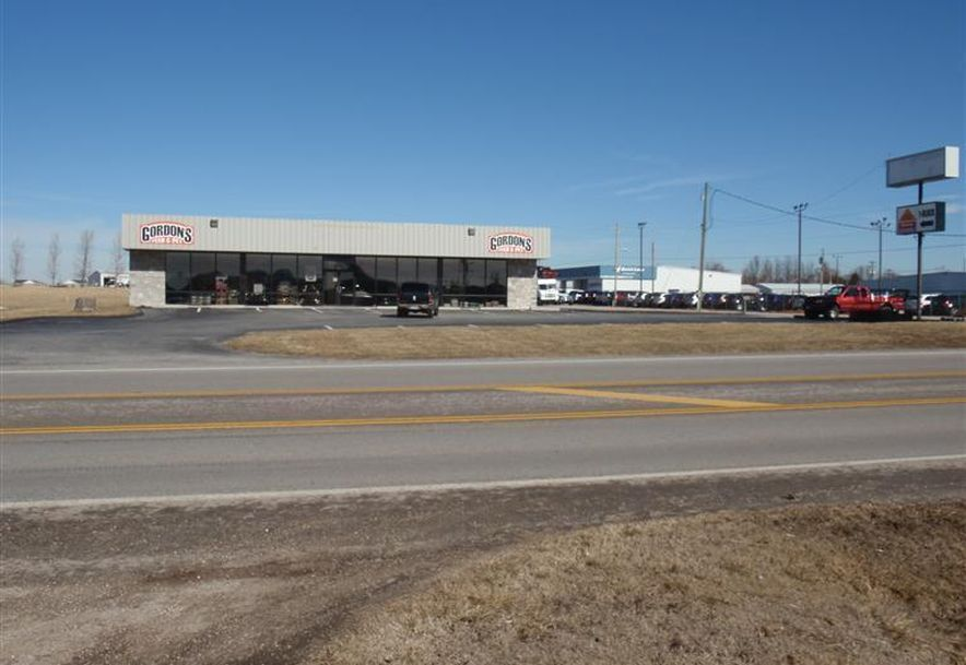 14801 West State Hwy 38 Marshfield, MO 65706 - Photo 2