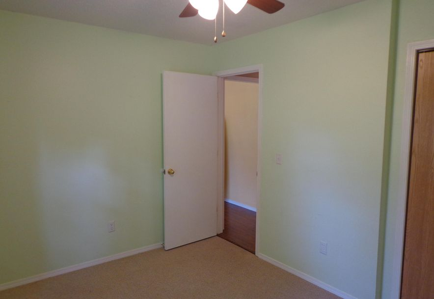 5660 South Pinehurst Avenue Springfield, MO 65810 - Photo 22