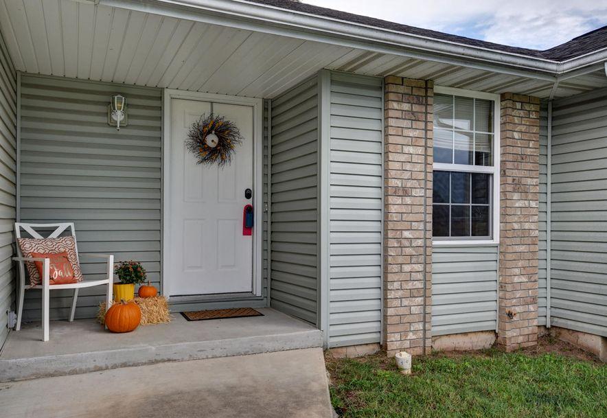 598 North Texas Avenue Republic, MO 65738 - Photo 2