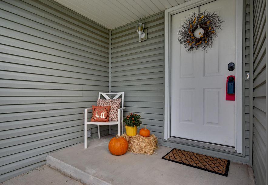 598 North Texas Avenue Republic, MO 65738 - Photo 3