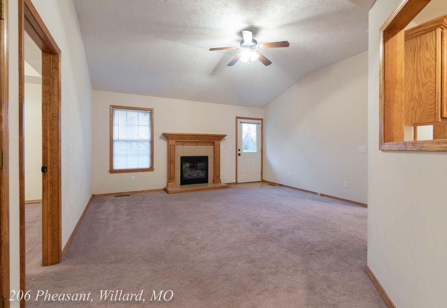 206 Pheasant Willard, MO 65781 - Photo 7