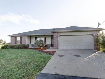 16291 Lawrence 1242 Marionville, MO 65705 - Image 1