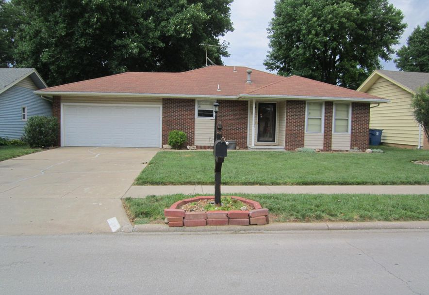 1119 East Cambridge Street Springfield, MO 65807 - Photo 1