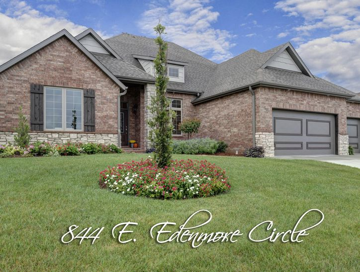 Photo of 844 East Edenmore Circle