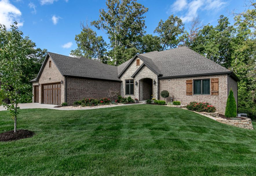 405 West Everwood Way Nixa, MO 65714 - Photo 1