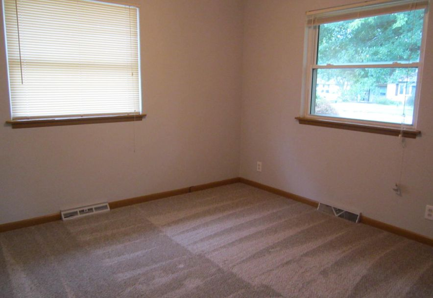 422 South Villa Rose Avenue Springfield, MO 65802 - Photo 11