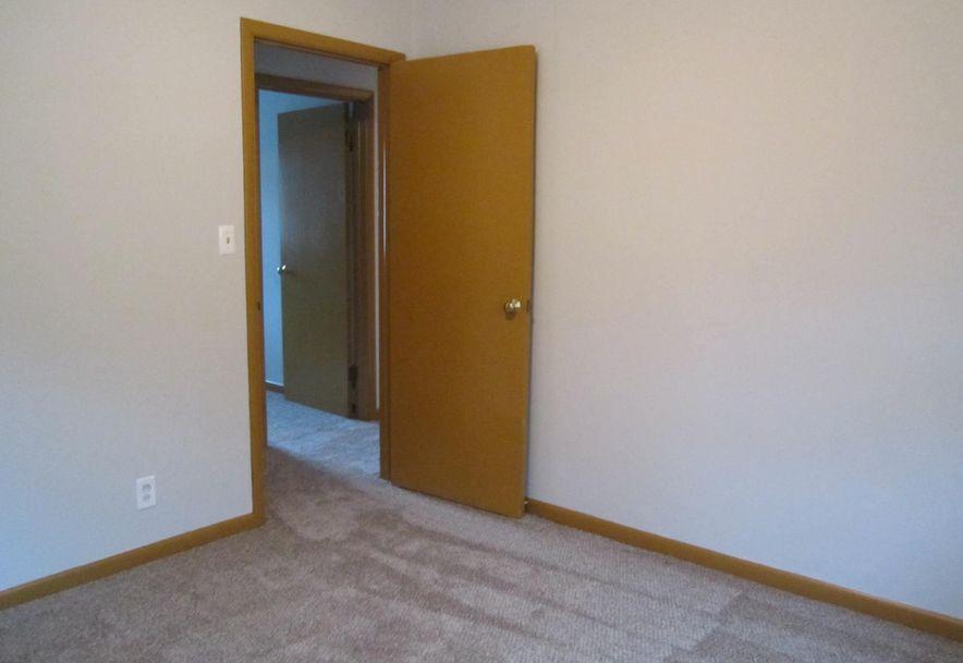 422 South Villa Rose Avenue Springfield, MO 65802 - Photo 14