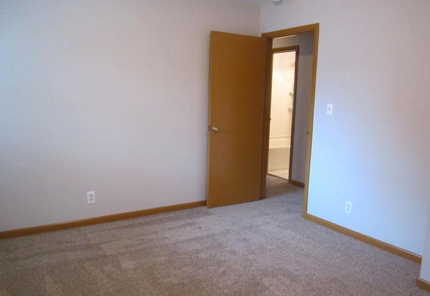 422 South Villa Rose Avenue Springfield, MO 65802 - Photo 17