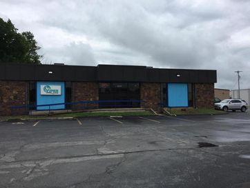 910 North Glenstone Springfield, MO 65802 - Image 1