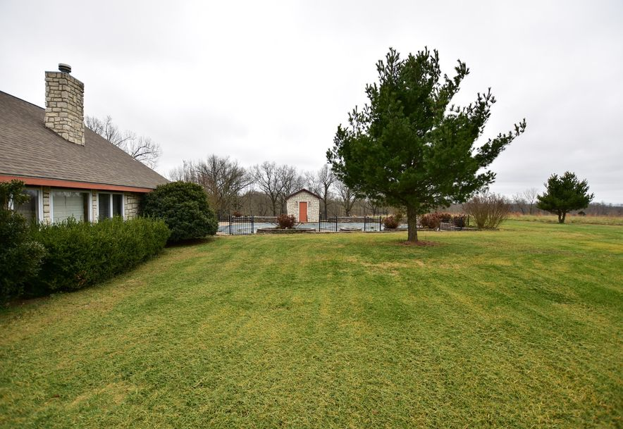 12421 State Highway Pineville, MO 64856 - Photo 11