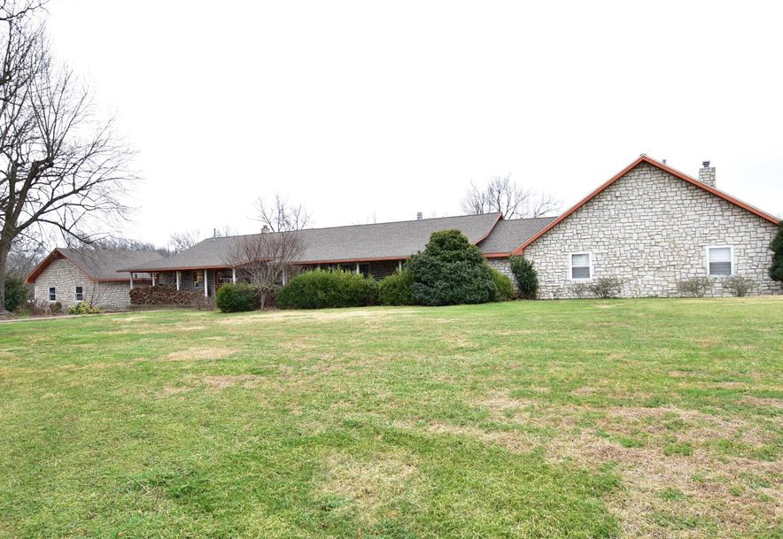12421 State Highway Pineville, MO 64856 - Photo 10