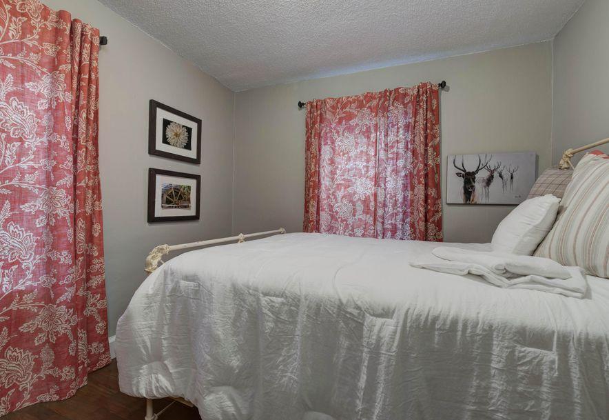 425 East Bennett Street Springfield, MO 65807 - Photo 12