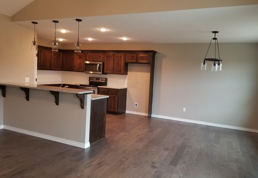 2442 East Prairie Ridge Drive Republic, MO 65738 - Photo 4