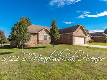 5712 South Meadowbrook Avenue Springfield, MO 65810 - Image 1