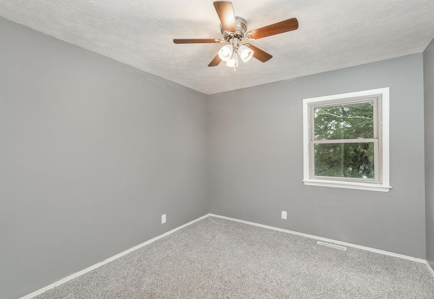 1363 Welch Road Reeds Spring, MO 65737 - Photo 11