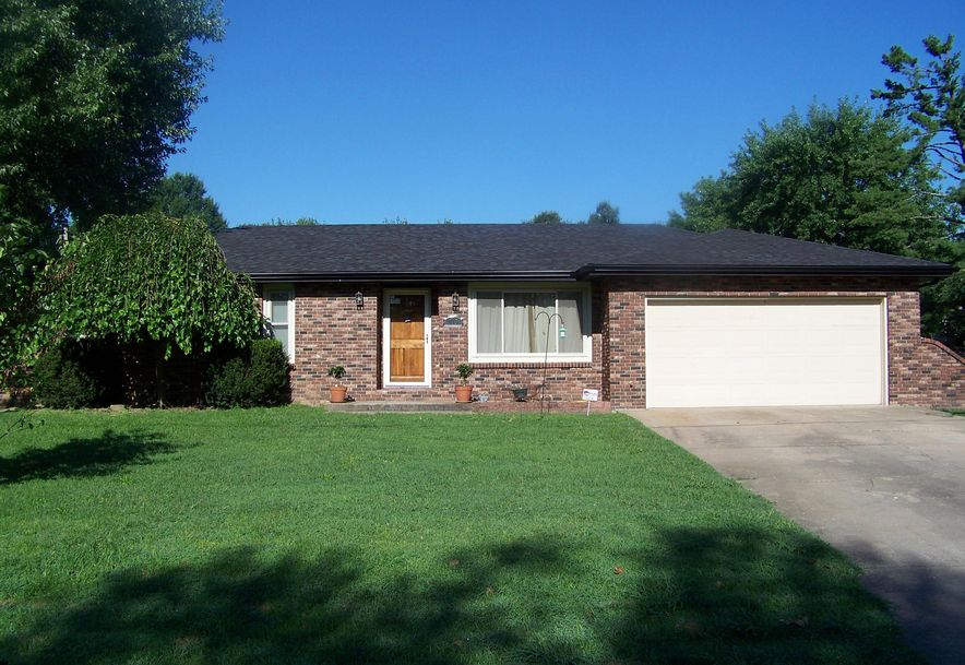 515 South Missouri Street Marionville, MO 65705 - Photo 1