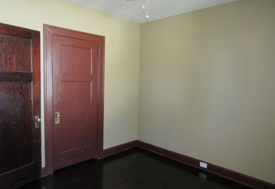 1445 South Campbell Avenue Springfield, MO 65807 - Photo 22