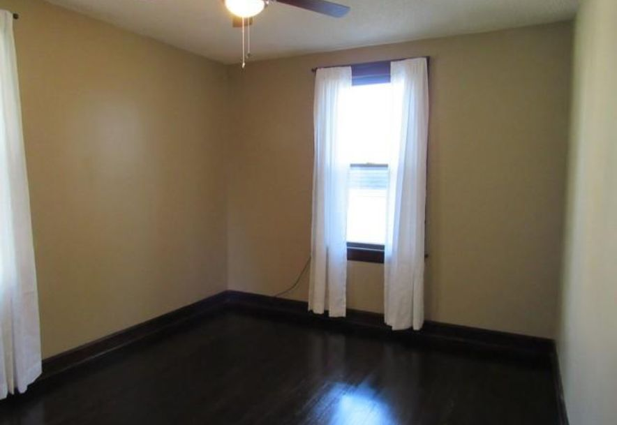 1445 South Campbell Avenue Springfield, MO 65807 - Photo 28