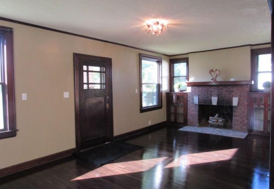 1445 South Campbell Avenue Springfield, MO 65807 - Photo 4