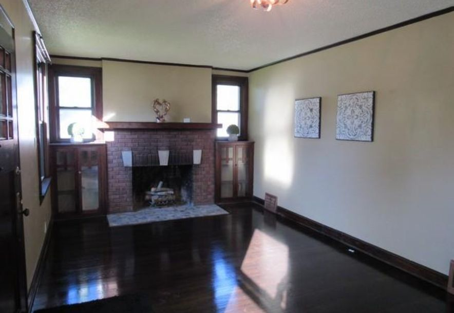 1445 South Campbell Avenue Springfield, MO 65807 - Photo 5