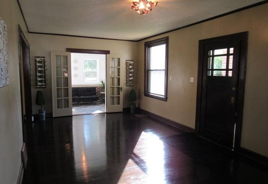 1445 South Campbell Avenue Springfield, MO 65807 - Photo 7