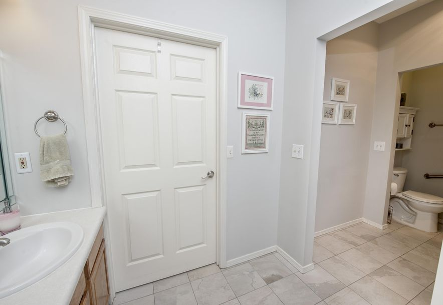 1717 West Elfindale Street 4-A Springfield, MO 65807 - Photo 20