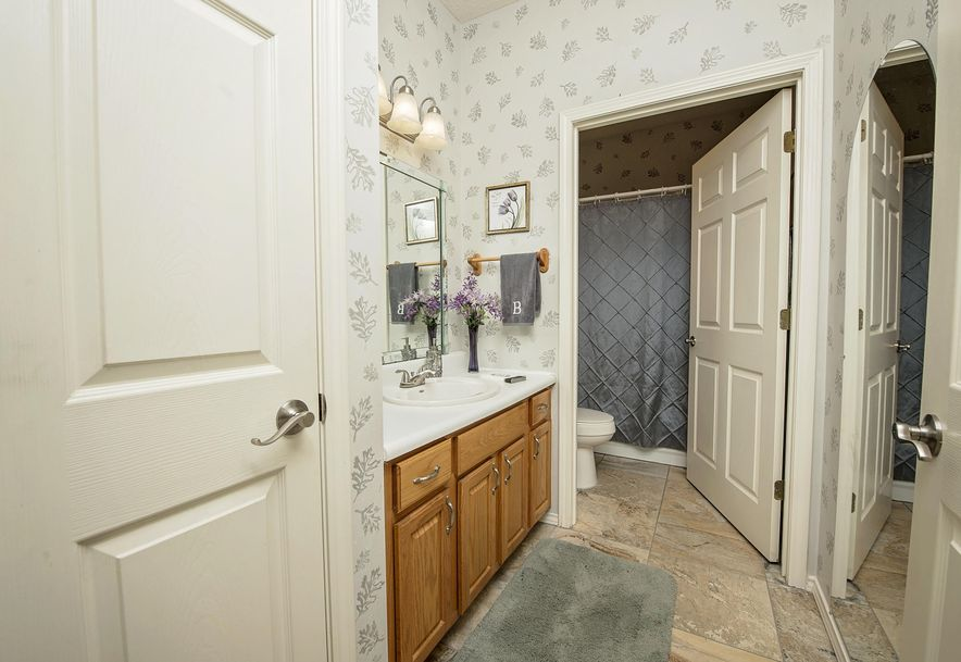 1717 West Elfindale Street 4-A Springfield, MO 65807 - Photo 29