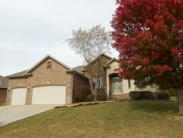 5075 East Wild Horse Drive Springfield, MO 65802 - Image 1